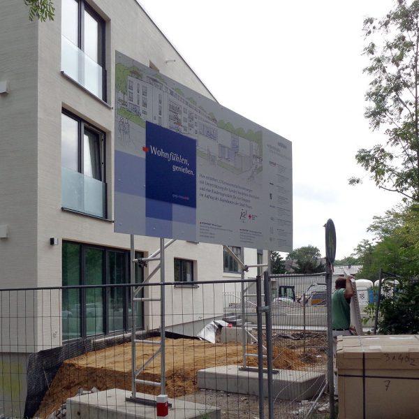 Miet-Schildkonstruktion als Bauschild, Schildfläche 4 x 2 m