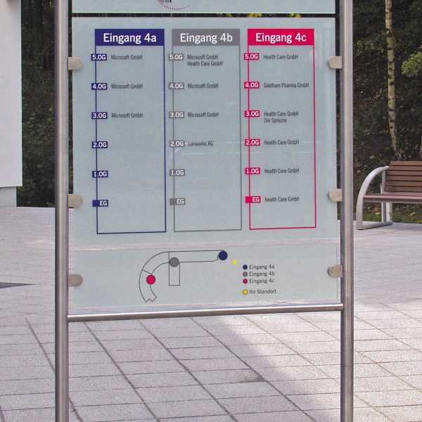 Besucher-Leitsystem Bürocenter freistehend